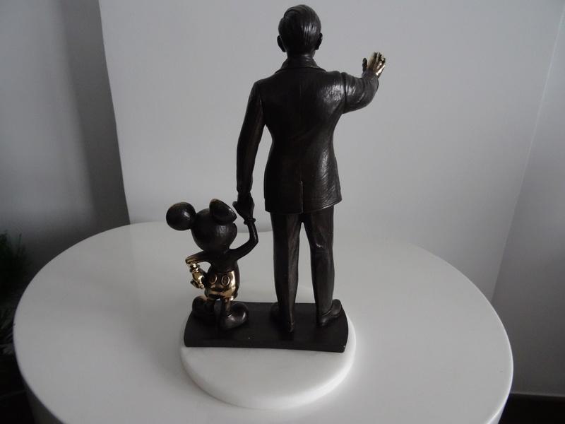 Update N°5 (31.01.18) ! : [Collection] Un aperçu de ma collection Disney/Disneyland Dsc04223