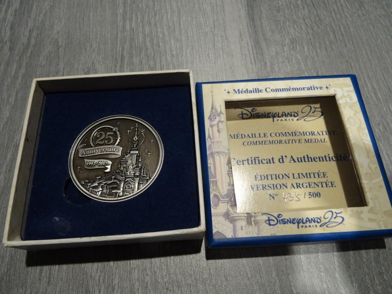 Update N°5 (31.01.18) ! : [Collection] Un aperçu de ma collection Disney/Disneyland Dsc04226