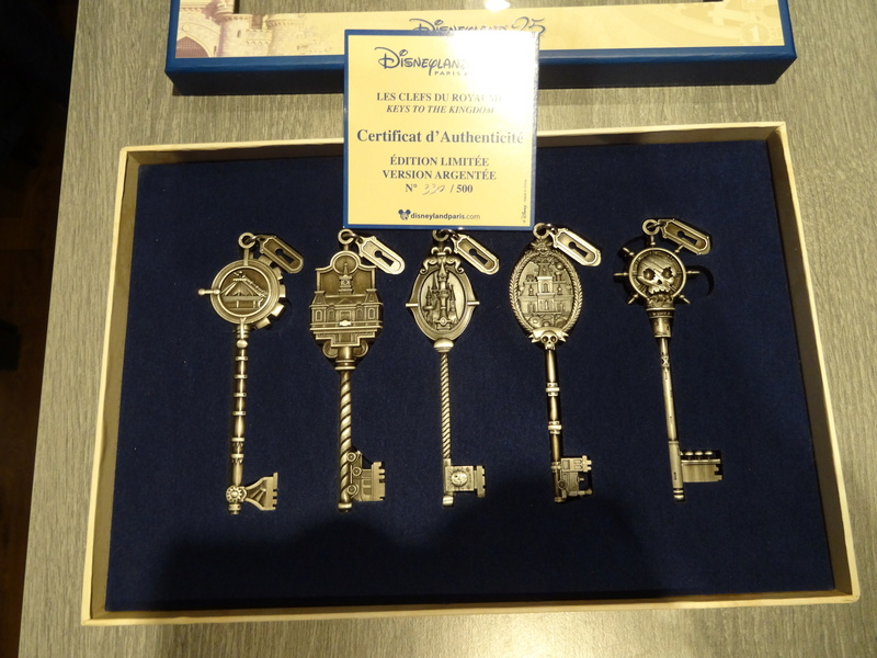 Update N°5 (31.01.18) ! : [Collection] Un aperçu de ma collection Disney/Disneyland Dsc04228