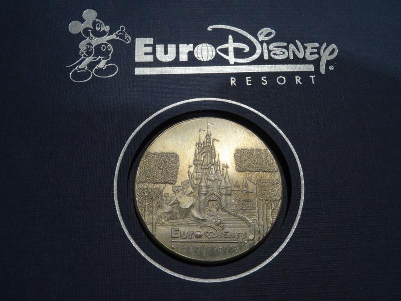 Update N°5 (31.01.18) ! : [Collection] Un aperçu de ma collection Disney/Disneyland Dsc04316
