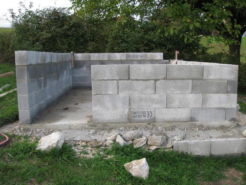 La construction de mon poulailler Img_2612