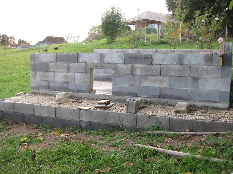 La construction de mon poulailler Img_2614