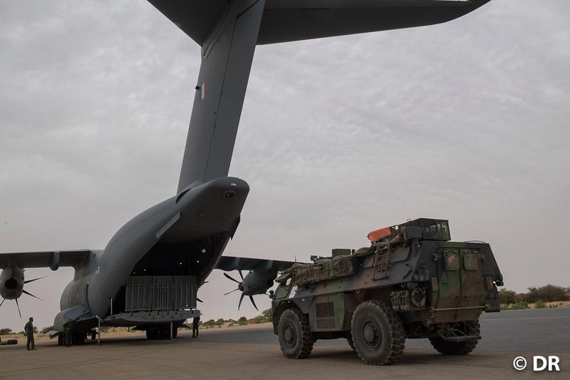 L'A400M à Barkhane pour une projection intra-théâtre 20171111