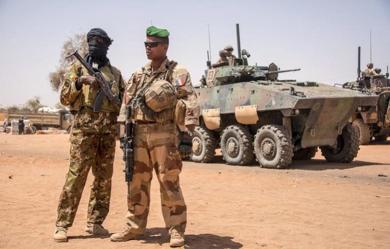 Patrouilles conjointes avec les FAMa à Ménaka 20180513