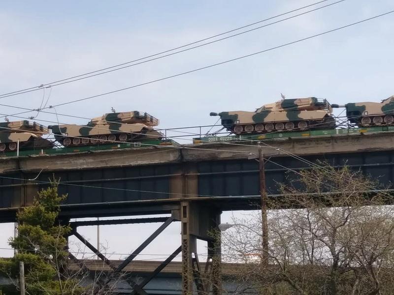 Et 162 chars M1A1 Abrams de plus pour l'armée marocaine ! 29572610