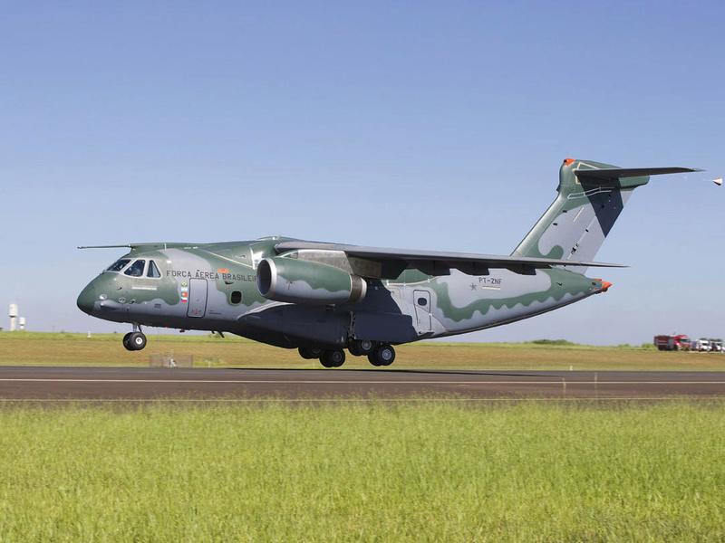 La location d'avions tactiques aux armées : l'avenir ? 59380f10