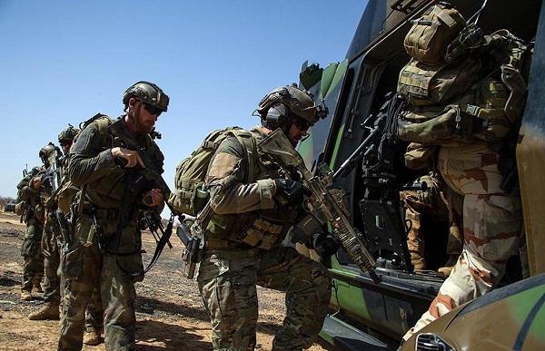 Au moins vingt tués après un raid de Barkhane au nord Mali Barkha15