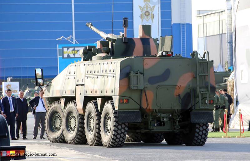 Le Kazakhstan teste le blindé 8x8 Barys/Mbombe Barys811
