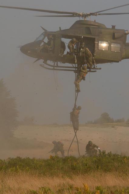 Casques bleus et Hélicoptères canadiens pour la MINUSMA Canada11