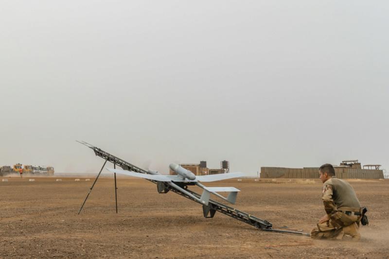 Le DRAC en vol tactique au-dessus du plateau de Batal Drac210