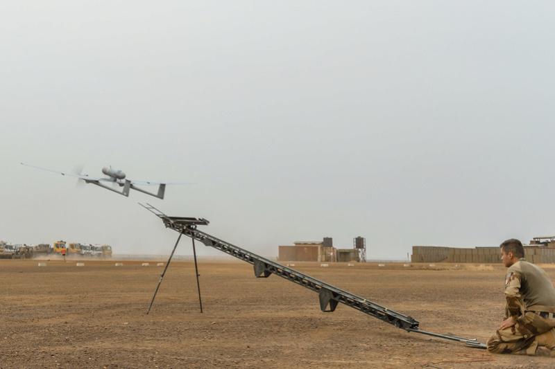 Le DRAC en vol tactique au-dessus du plateau de Batal Drac310
