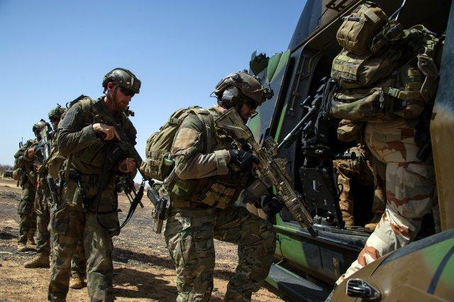 Encore une dizaine de terroristes mis hors de combat  Fob_1710