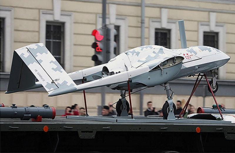 Drones de combat russes dévoilés à Moscou Image182