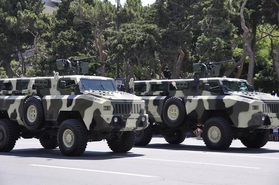 Le Kazakhstan teste le blindé 8x8 Barys/Mbombe Img-5910