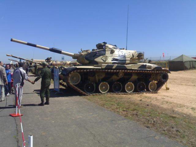 Et 162 chars M1A1 Abrams de plus pour l'armée marocaine ! M60_mo10