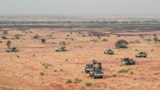 Au moins vingt tués après un raid de Barkhane au nord Mali Mali-u10