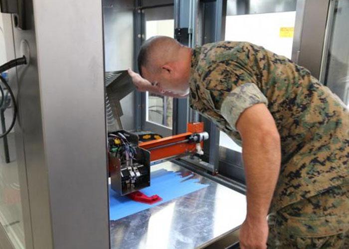 Une pièce imprimée en 3D pour un F35B Marine10