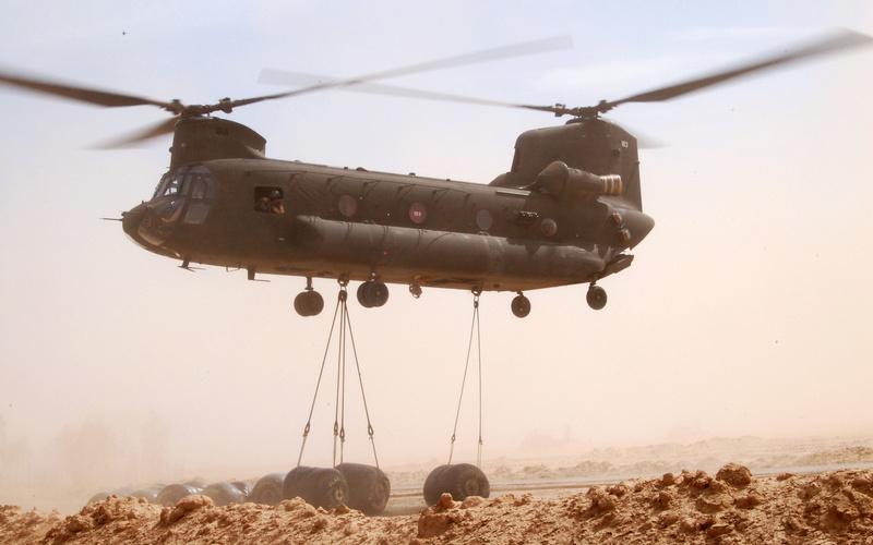 Des hélicos britanniques pour l'opération Barkhane au Sahel Ob_53e10