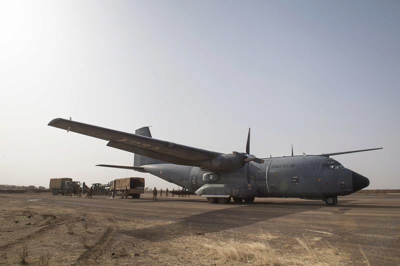 Une nouvelle piste aérienne pour Barkhane Piste210