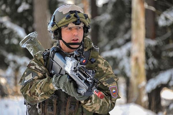 L'armée slovène échoue aux tests d'aptitude de l'Otan Sloven11