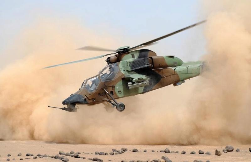 Les hélicoptères de Barkhane en appui des convois LOG Tigre_11