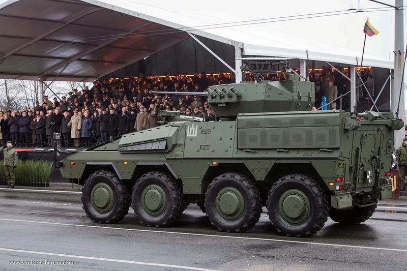 Les premiers Boxer pour l'armée lituanienne Vilkas12