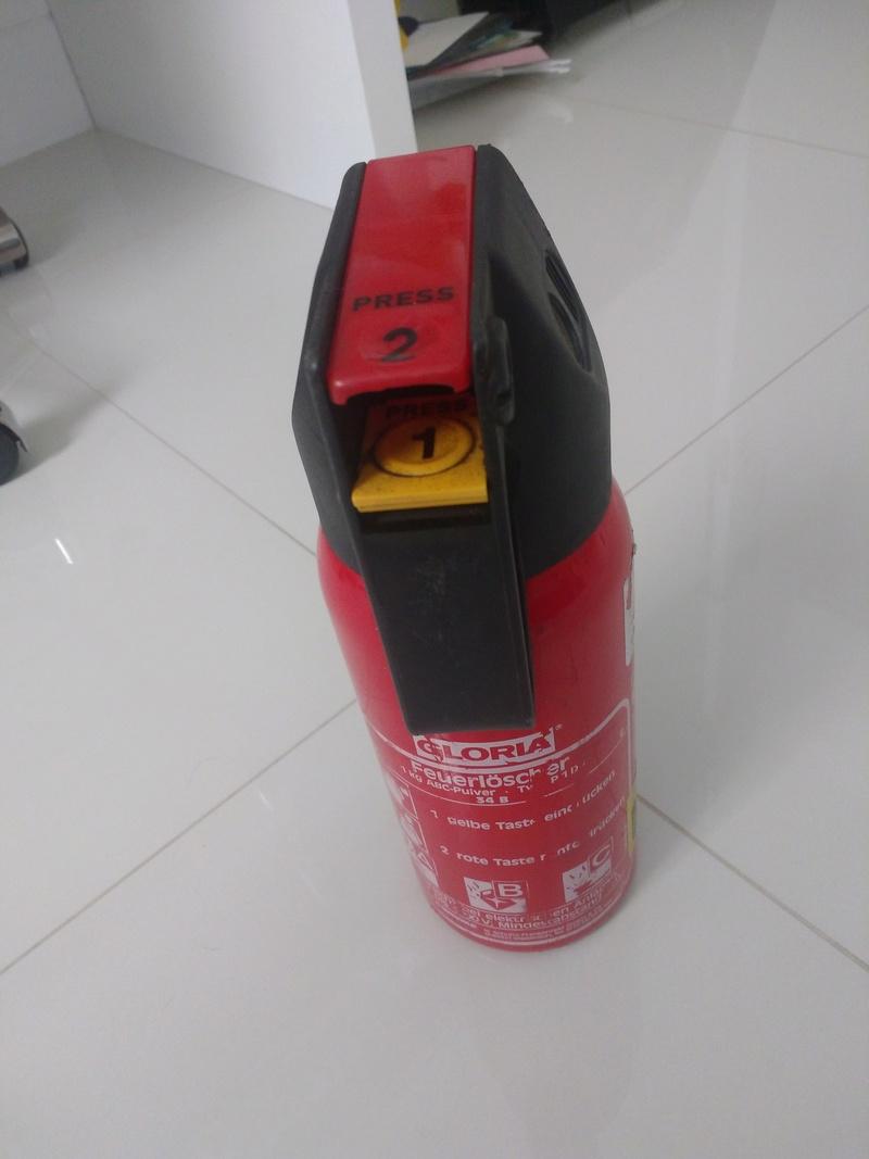 Vendo extintor Gloria W203 R$ 120,00 Img_2011
