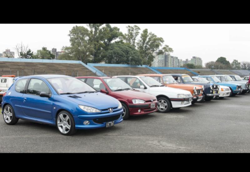 [ FOTOS ] 60 años de Peugeot en Argentina Foto_710