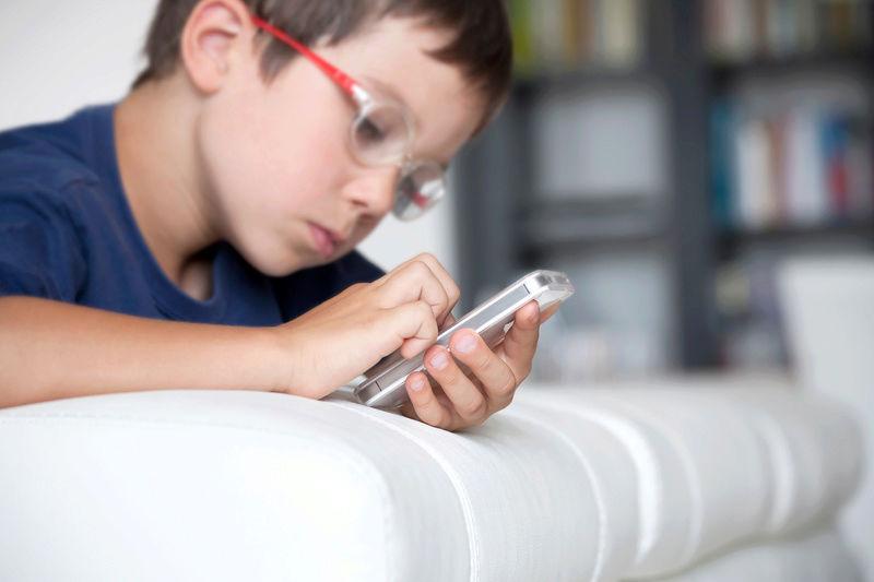Χιλιάδες Android εφαρμογές παρακολουθούν παιδιά Teach-11