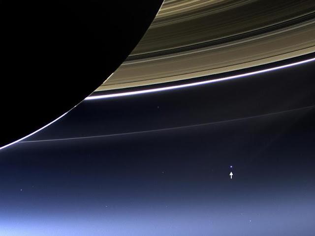 La sonde Cassini !! Sondec10
