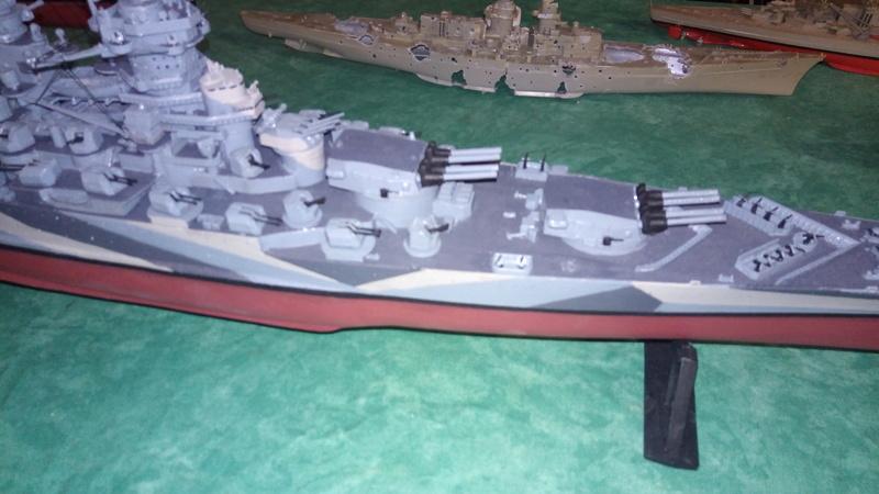 Successeur du croiseur Algerie au 1/400 P_201764