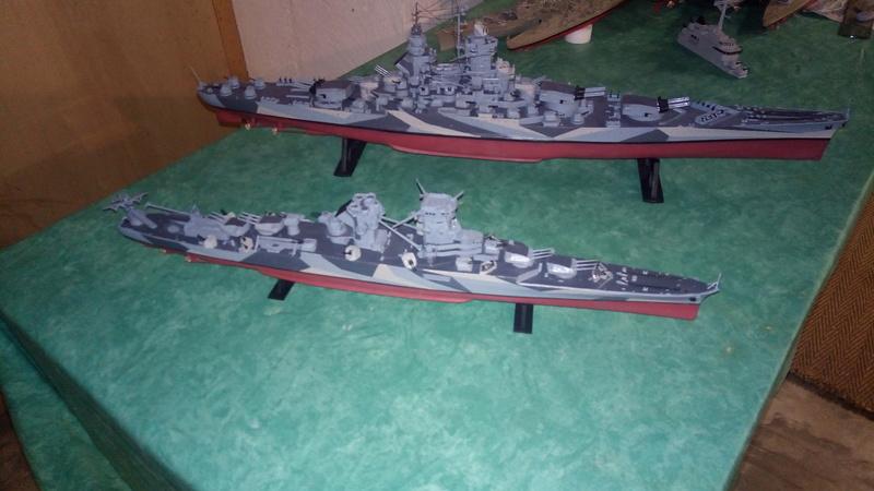 Successeur du croiseur Algerie au 1/400 P_201784