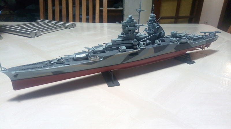 Successeur du croiseur Algerie au 1/400 P_201789