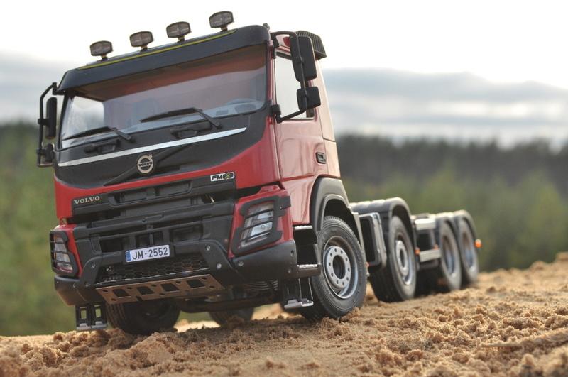 A&N Volvo FMX hytt i 1/24 (resin) Dsc_0010