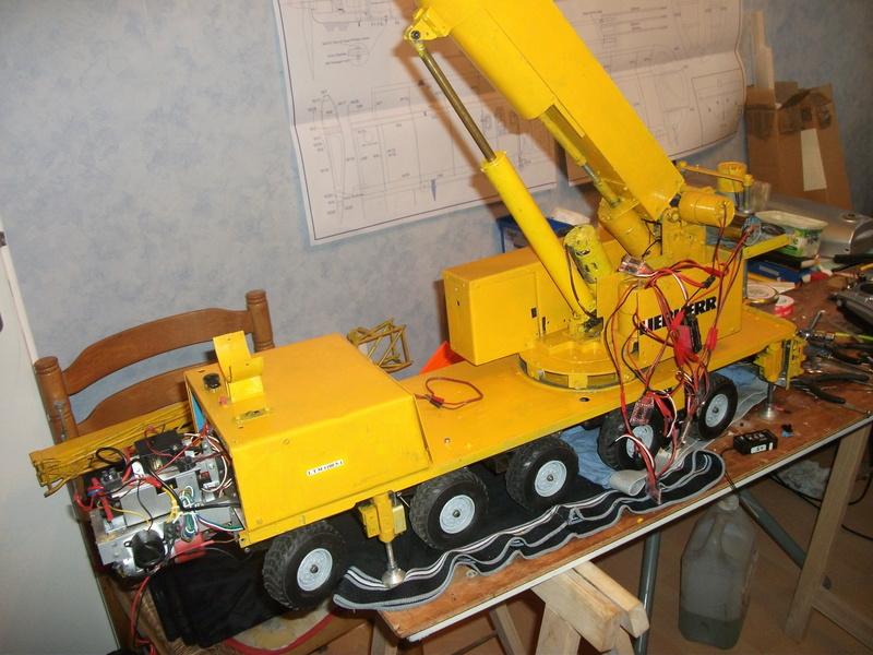 Mes modèles d'engins de TP électro hydrauliques 02010