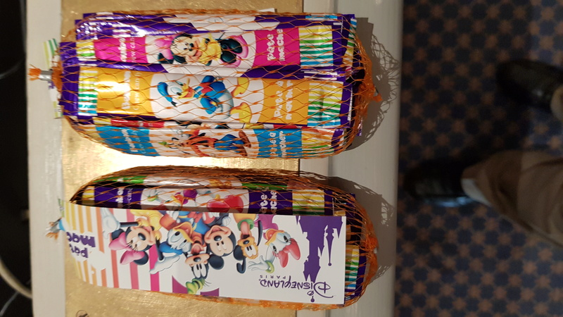 Les chewing gum à disneyland paris 20180110
