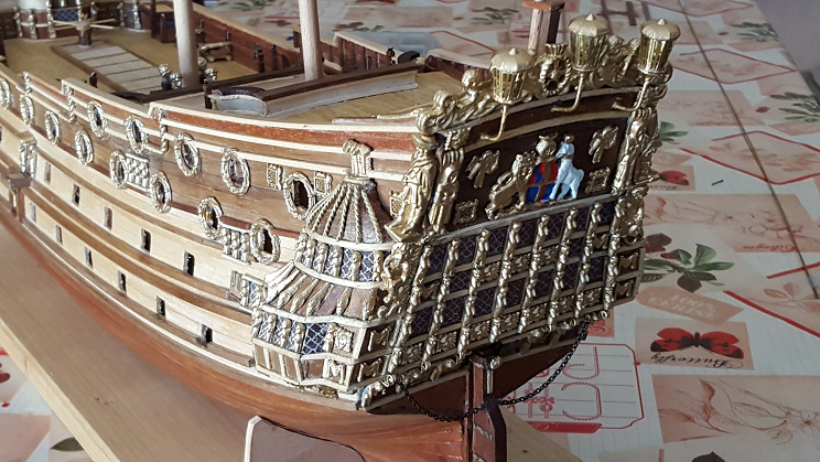 Le HMS Prince 1670 de Constructo au 1/61e de Captain Chris - Page 4 Nov_1410