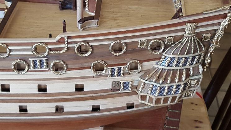 Le HMS Prince 1670 de Constructo au 1/61e de Captain Chris - Page 3 Pavois11