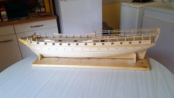 La Confederacy de 1772 au 1/64 par Model Shipways - Page 5 Pavois13