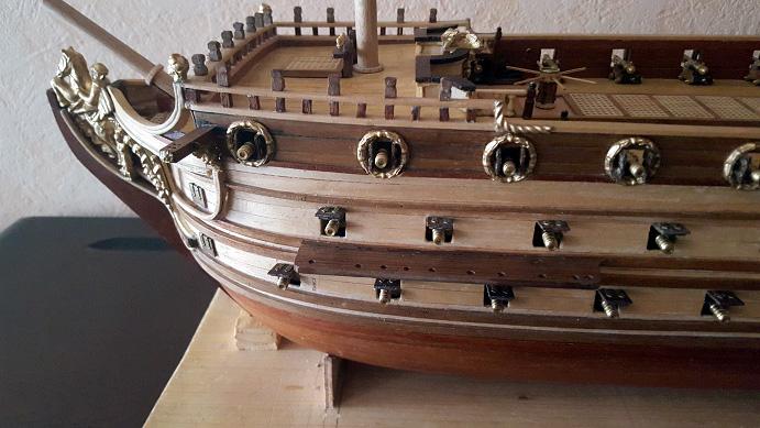 Le HMS Prince 1670 de Constructo au 1/61e de Captain Chris - Page 6 Porte_12