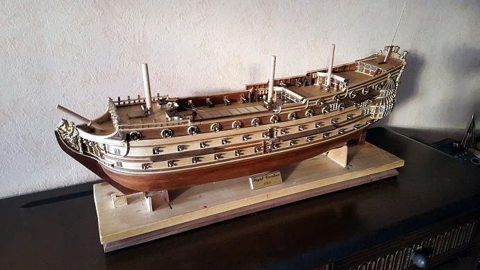 Le HMS Prince 1670 de Constructo au 1/61e de Captain Chris - Page 6 Socle_12