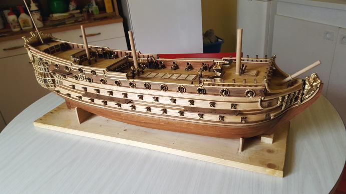 Le HMS Prince 1670 de Constructo au 1/61e de Captain Chris - Page 6 Soleil10