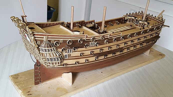 Le HMS Prince 1670 de Constructo au 1/61e de Captain Chris - Page 6 Soleil11