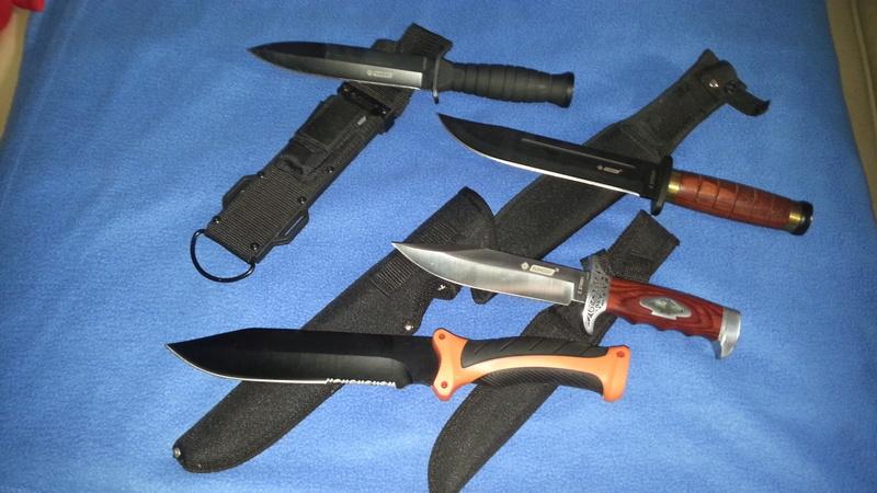 Votre couteau, votre préférence au jour le jour : pliant, dague ?  - Page 2 Coutea11