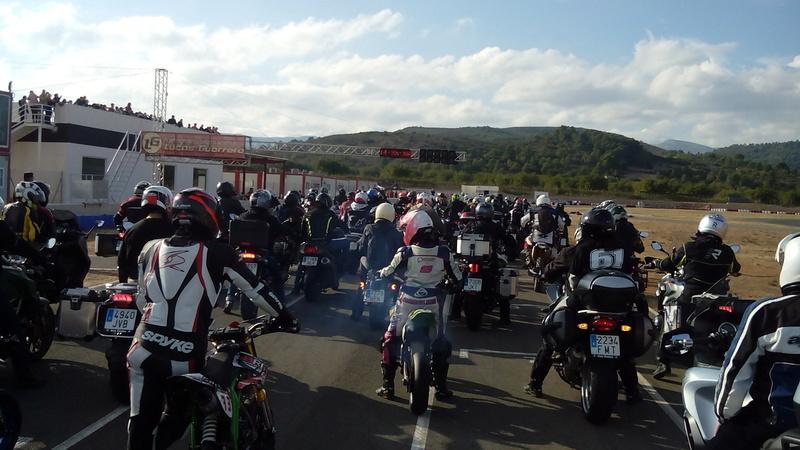 Un gran piloto de moto y gran persona nos ha dejado  Img_2040