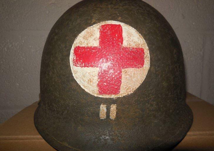 Casque medic Us ww2  Img_3116