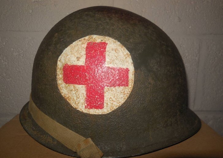 Casque medic Us ww2  Img_3117