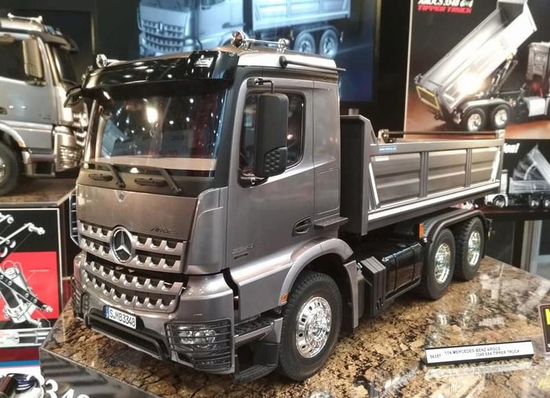 Nuevo Tamiya Mercedes-Benz Arocs 3348 6×4 Tipper Truck 610