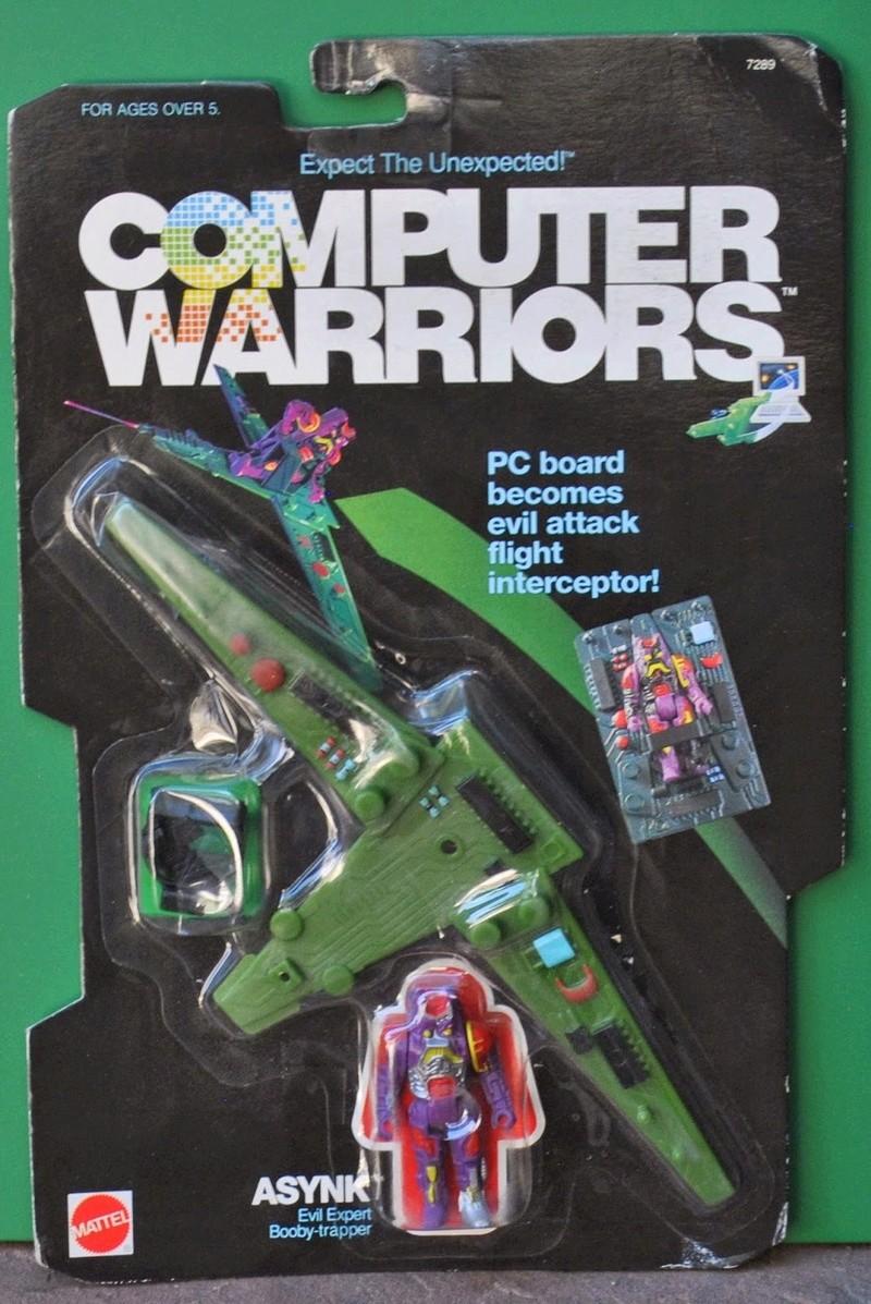 2 petits personnages de 1989 a identifier Comput11