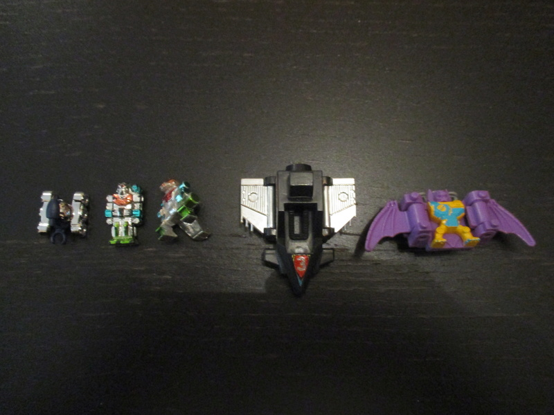 Identification robots Takara et autres ... Identi11